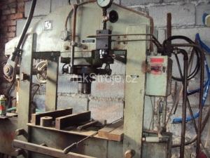 lis hydraulický CDM 80A